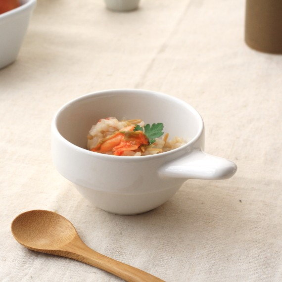 《グラタン皿》がっしりした作りのミニグラタン皿 セール開催中最短即日発送 手付きミニグラタンボウル スタッキングもできます スフレ 公式サイト 小鉢 収納 美濃焼 国産 耐熱 訳あり ソース入れ