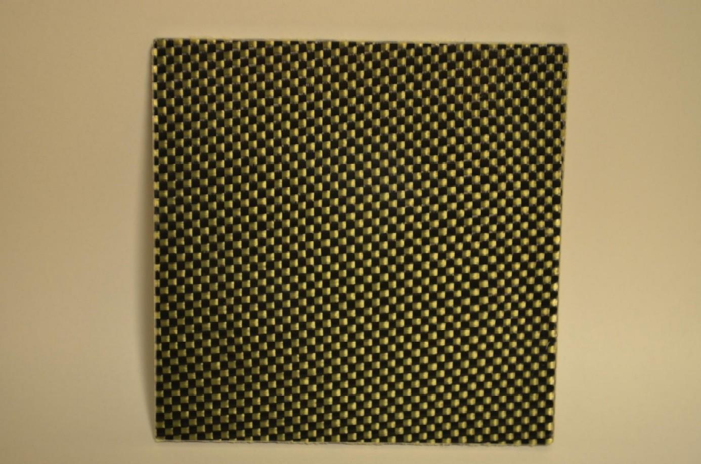 カーボンケブラー板~*1,200x800mm*両面・3mm厚~