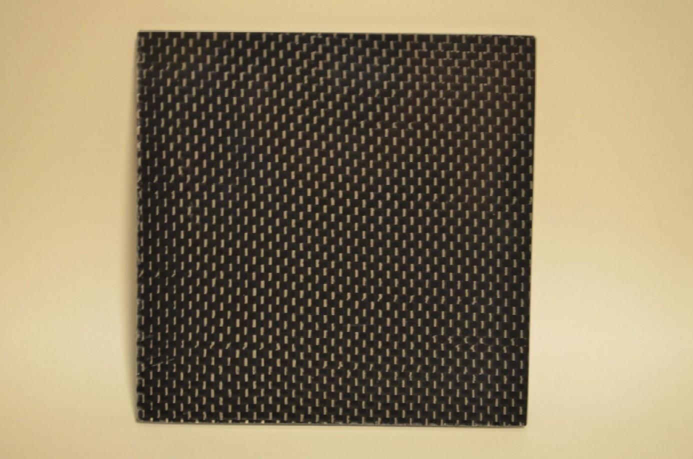 カーボン平織り板~*1,200x800mm*両面・3mm厚~
