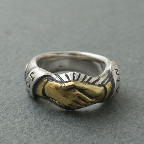 CMW-UNKNOWN ShakeHands Ring