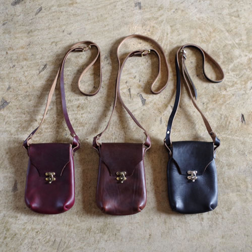 FERNAND LEATHER Latch Pouch/M