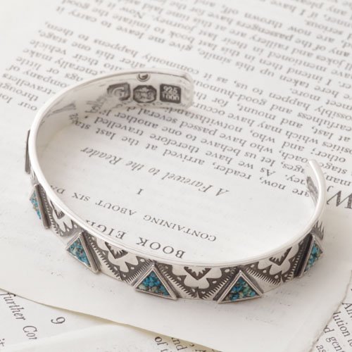GARDEN OF EDEN TRIANGLE BANGLE