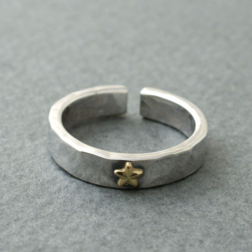 Atease K18 GOLD STAR STUDS RING