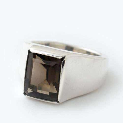 mollive OCTAGON CUT STONE RING
