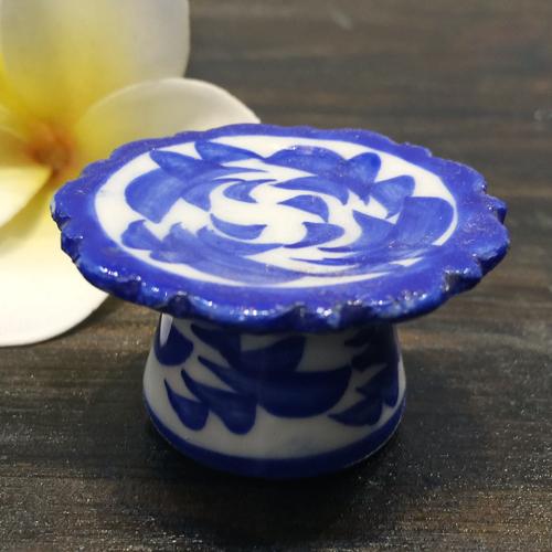 お見舞い 超激安 パイナップル柄の陶器の高式皿ミニ 小 4cmです 高式皿ミニ 青白陶器青白食器パイナップル柄陶器 小鉢タイ料理アジアン料理タイ雑貨 4cm