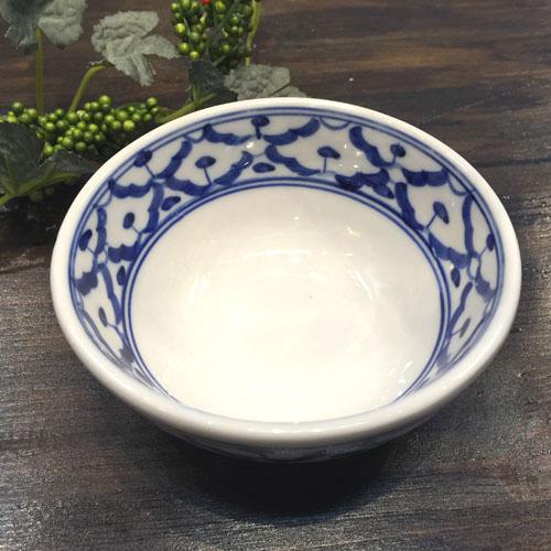 パイナップル柄の陶器のお椀 11cm小です お椀 11.5cm 青白陶器青白食器パイナップル柄陶器 小鉢タイ料理アジアン料理タイ雑貨 日時指定 上質