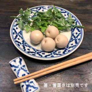 2020新作 パイナップル柄の陶器の平皿15cmです 平皿 15cm 青白陶器青白食器パイナップル柄陶器 小鉢タイ料理アジアン料理タイ雑貨 贈物