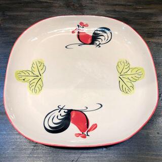 タイの食堂や屋台でお馴染み にわとり柄 の角丸平皿 公式ストア 大 24cmです 24cm 平皿にわとり陶器にわとり食器にわとり柄タイ料理アジアン料理タイ雑貨 にわとり食器 角丸平皿 発売モデル