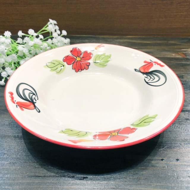 タイの食堂や屋台でお馴染み 受注生産品 にわとり柄 の丸 深皿 21cm 赤花です 赤花 にわとり食器 倉庫 平皿 にわとり陶器にわとり食器にわとり柄タイ料理アジアン料理タイ雑貨 深皿丸
