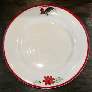 タイの食堂や屋台でお馴染み にわとり柄 の平皿 大 ついに入荷 26cmです 26cm にわとり食器 赤縁 平皿にわとり陶器にわとり食器にわとり柄タイ料理アジアン料理タイ雑貨 平皿 テレビで話題