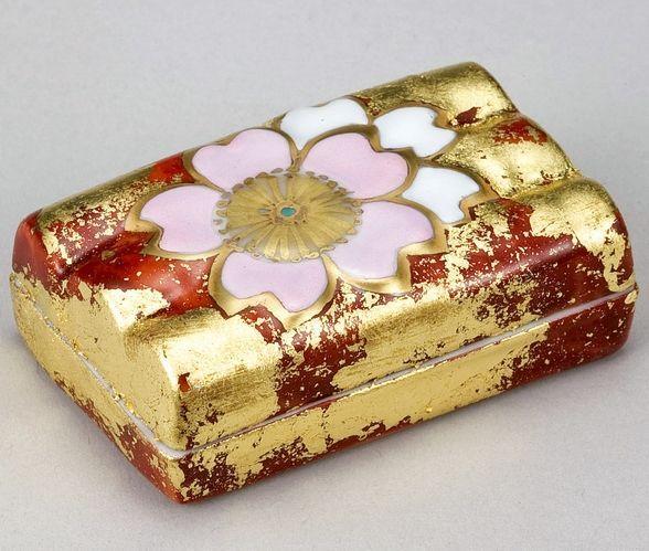 通販10周年記念 【茶道具】 香合 色絵 花筏  *高野昭阿弥*  桜