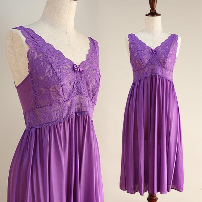 さらさらとした贅沢な肌触りのUSインポート・ロングネグリジェ【紫・パープル】