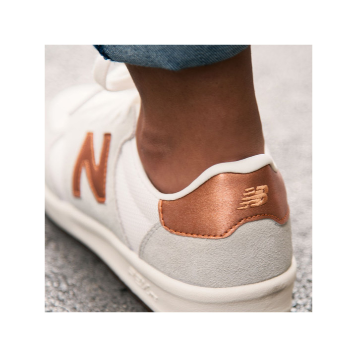 9edf49443d82 Cheek by Jowl  NEW BALANCE   New Balance sneakers WRT300MA white X ...