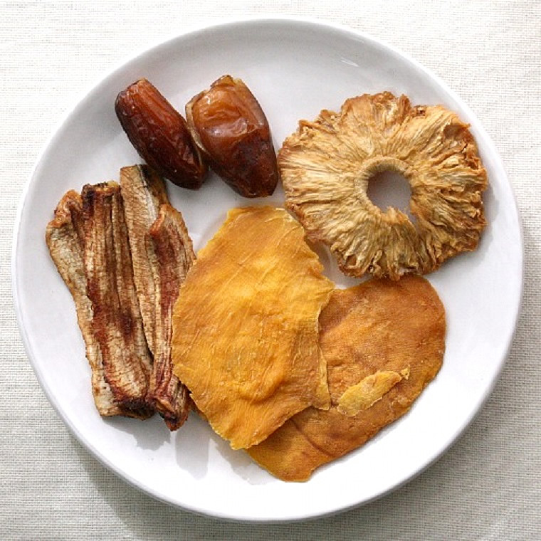 BOBO人気の4種のドライフルーツミックスです パイン マンゴー デーツ なつめやし ドライ 乾燥 内祝い 出産祝い お返し 永遠の定番 添加物不使用 パイナップル 80g チュニジアンデーツ ノンシュガー 無添加 砂糖未使用 砂糖不使用 アフリカアンサンブル4種 海外限定 バナナ ドライマンゴー デグレットノウル
