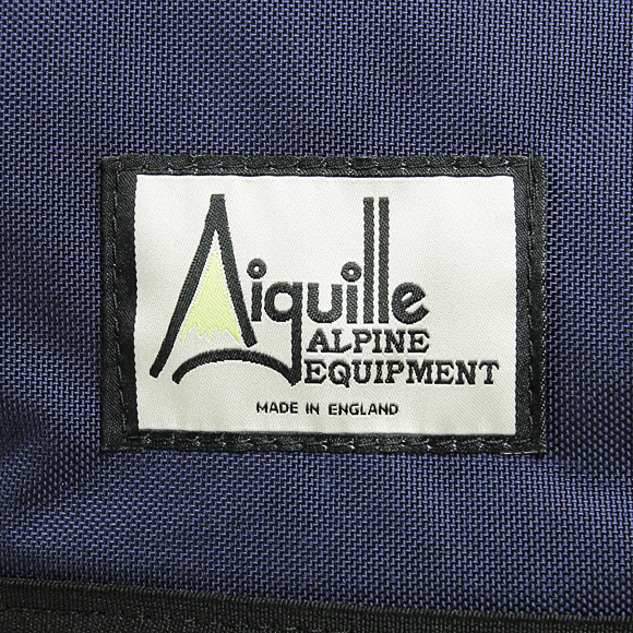 AIGUILLE/아이 구이 배낭 28L [2 색] 네이 비 블루/올리브 그린 [MIDI] NAVY BLUE/BLACK OLIVE GREEN