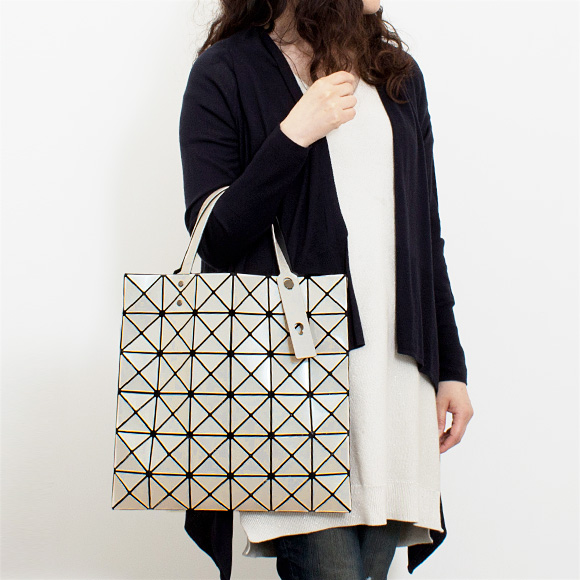 49e154809a バオバオイッセイミヤケ BAOBAO ISSEY MIYAKE bag tote bag LUCENT BASIC  Lucent basic   BB86 AG053  all three colors