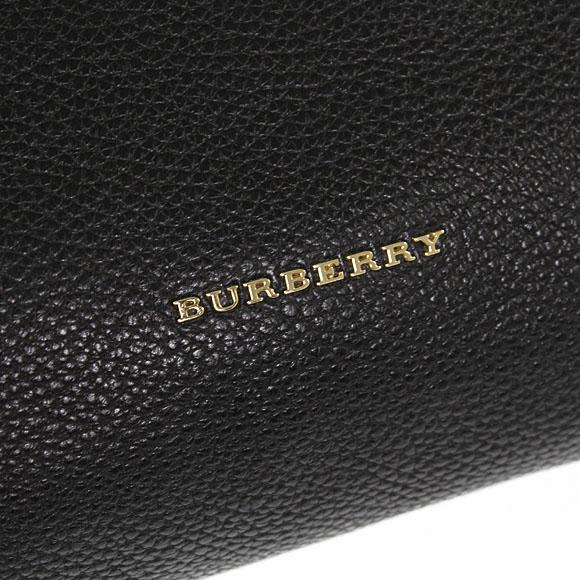 BURBERRY/버 버 리 가방 여성 가방 블랙 MD BAYNARD 3925481 LBT 00100 BLACK