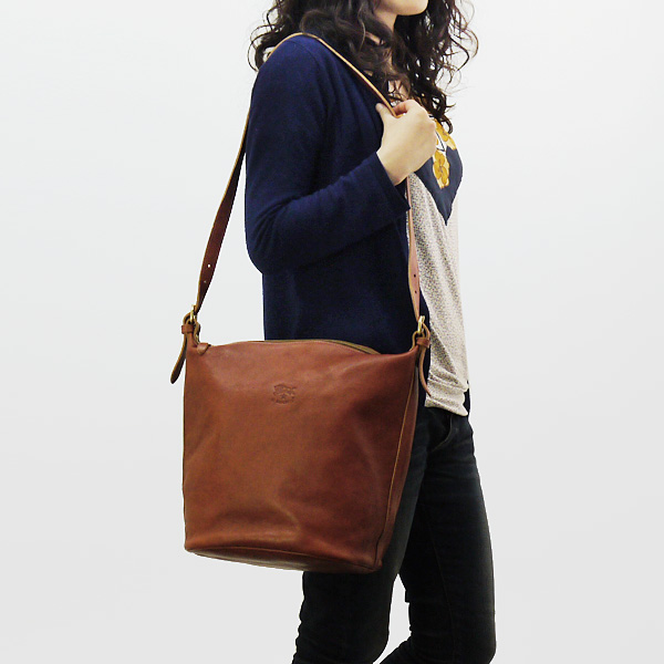IL BISONTE/irubizontebagguredisushorudabaggu SHOULDER BAG A0289/MP VACCHETTA[全四色]