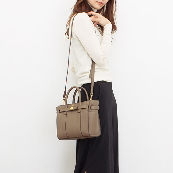 b19ff5ebee Circle berry MULBERRY bag Bayes water Lady s 2WAY handbag MINI ZIPPED  BAYSWATER クレイトープ HH4949 205 D614 CLAY