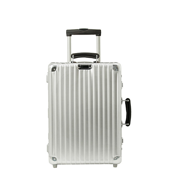chelseagardensuk rimowa classic flight suitcase on board. Black Bedroom Furniture Sets. Home Design Ideas