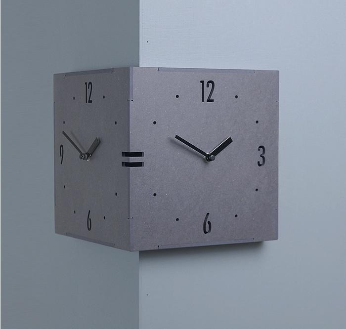 コーナー両面時計 ハンドメード 木製両面壁掛け時計 おしゃれ 掛時計 北欧 時計 インテリア