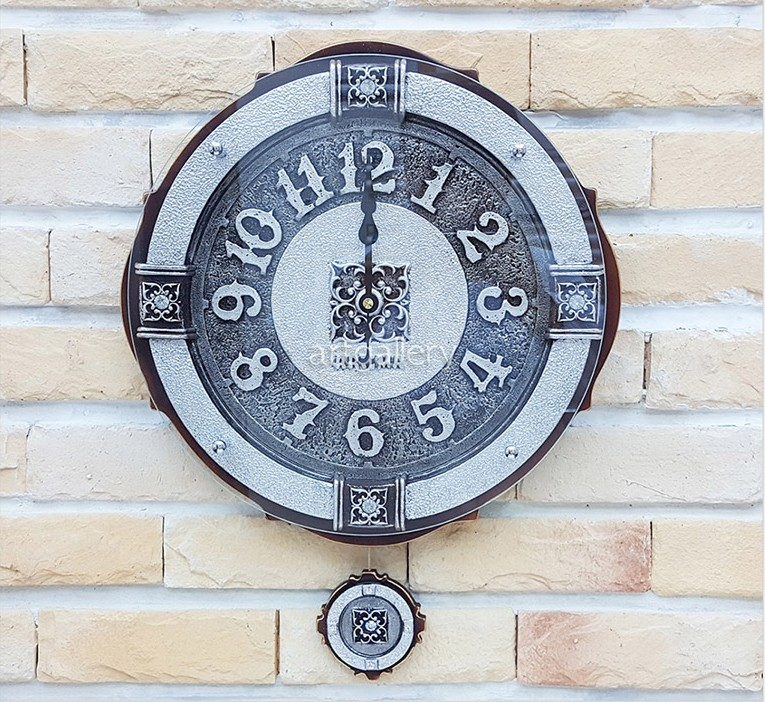 ガラスが全面において立体感があります 電波時計 正規取扱店 掛け時計 エンペラ- 壁掛け時計 おしゃれ 振り子時計 インテリア アウトレットセール 特集 北欧 掛時計 時計