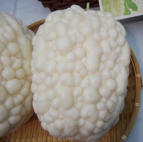 White Apple Goya (giant white lychee)