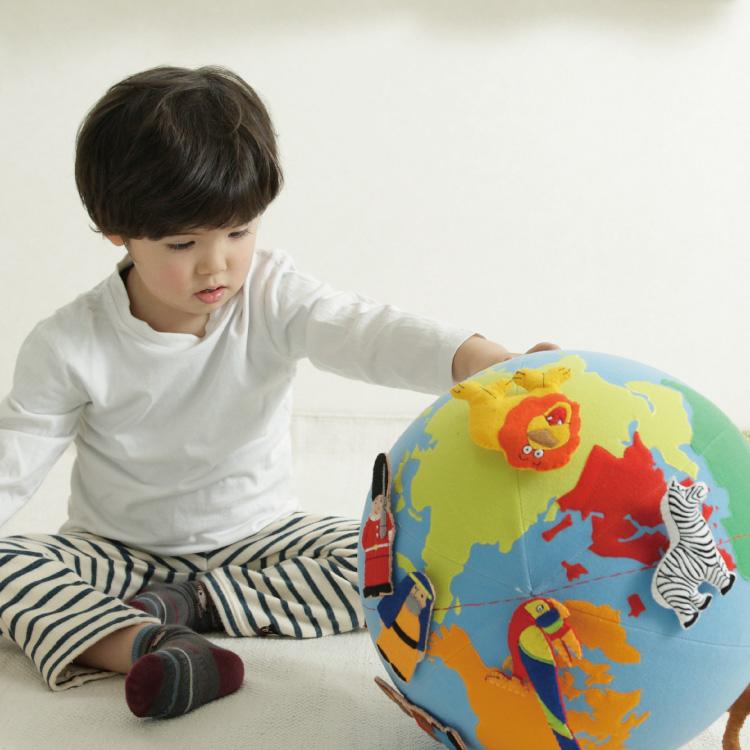 知育玩具 教材 3歳から 布製 コロコロ地球儀布おもちゃ 布地球儀 布 地球儀 おもちゃ 知育 玩具 布のおもちゃ 3歳 フェルト教材 キッズ 子供 子ども オモチャ 男の子 男子 男 女の子 女子 女 おしゃれ かわいい 誕生日プレゼント 誕生日 ギフト 贈り物 プレゼント