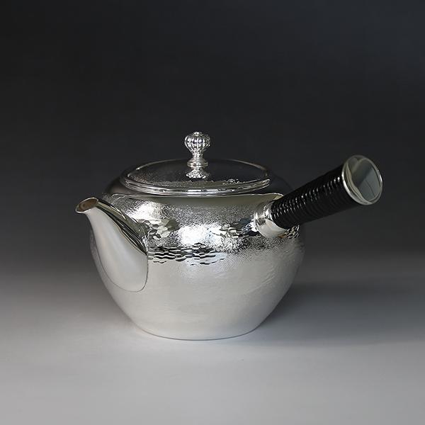 一守堂 純銀・横手急須 360cc手打ち瑞雲模様 /銀瓶 茶器 茶道具 /母の日