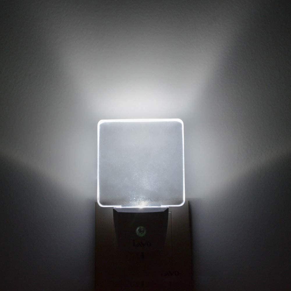常夜灯 足元灯 夜間センサー コン 明暗 セント式 目に優しい インテリア トラスト ベッドサイドランプ 電球色 玄関 廊下 売却 LEDナイトライト 階段用