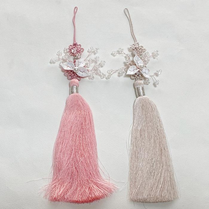 繊細なビーズが飾られた 花とビーズのノリゲ2■norige-s-40-s 飾り 花 かわいい 垂らす 韓国 在庫処分 韓服 チョゴリ テレビで話題