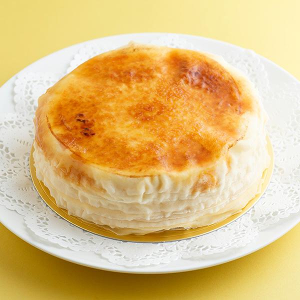 ホワイトデー ケーキ ミルクレープ 誕生日ケーキ ミルクレープホール 内祝い ギフト パーティー 出産内祝い 結婚内祝い 出産祝い 結婚祝い スイーツ プレゼント 手作り 誕生日 もっちり食感の手作りミルクレーププレーン1ホール