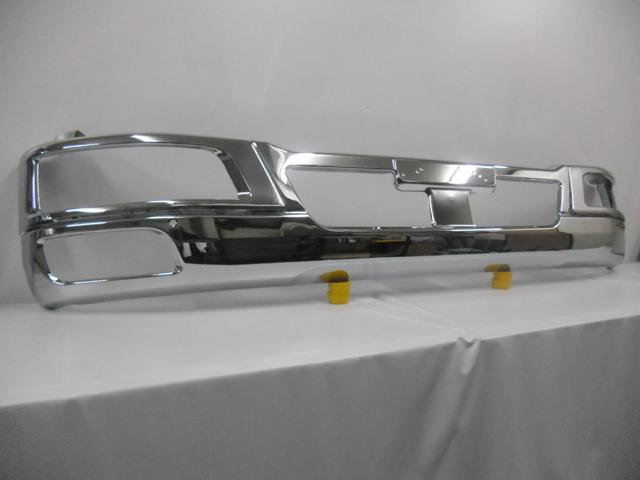 【アウトレットパーツ】★送料無料★FUSOファイター 標準幅用 高級厚メッキ仕上げ Fバンパー&ライト枠セット