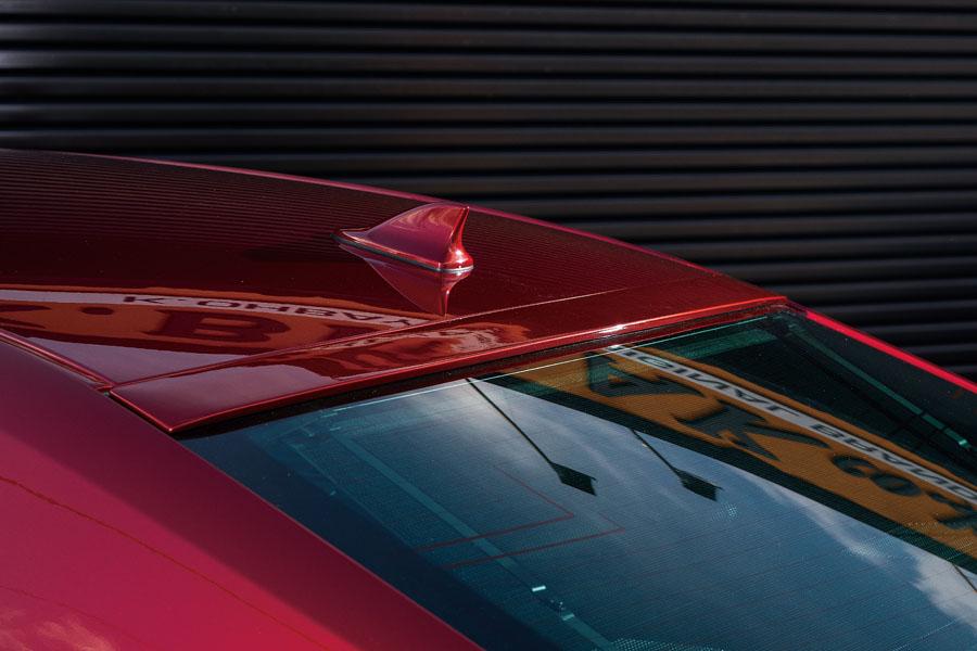 マジェスタ 210 ルーフスポイラー 塗装済 MSP K-BREAK/ケイブレイク