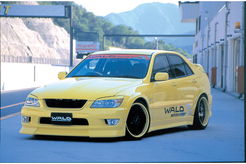 Altezza series 10 GXE/SXE10 fenders painted Wald SPORTS LINE