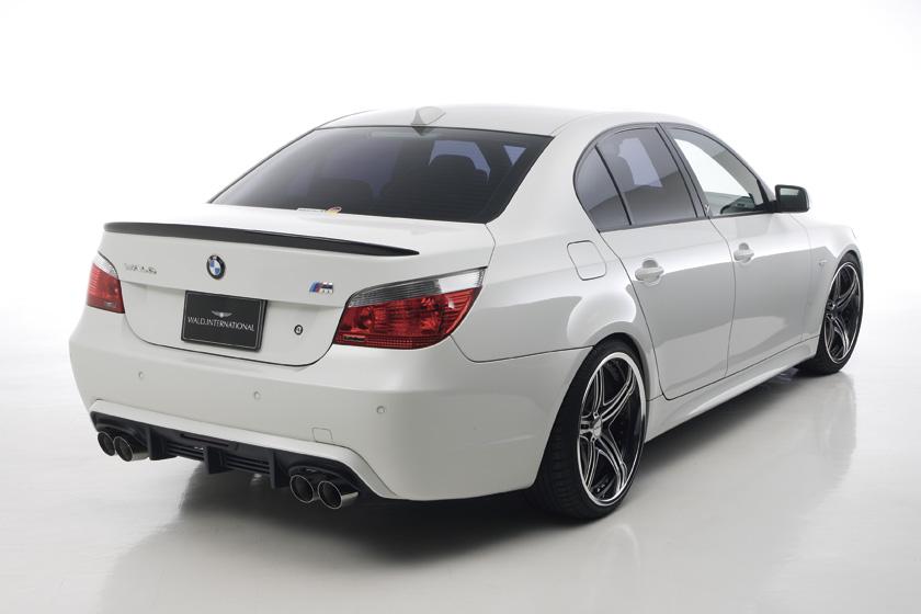 BMW 塗装済 E60 E60 5シリーズ セダン ハーフタイプ SPORTS '04y~ トランクスポイラー 塗装済 ヴァルド SPORTS LINE M5 LOOK HALF TYPE, 潮来市:f294da4b --- officewill.xsrv.jp