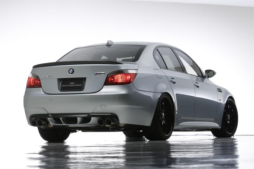 BMW M5 5シリーズ リアディフューザー 塗装済 ヴァルド SPORTS LINE