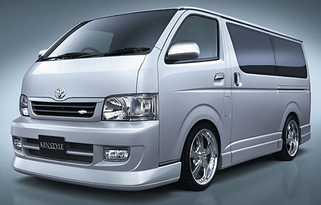 ハイエース KDH200V/TRH200V サイドスカート&ドアパネル URBAN ケンスタイル