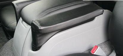 ハイエース 200系 ナロー/ワイド用 アームレストラグ 両側 シンケ/SHINKE