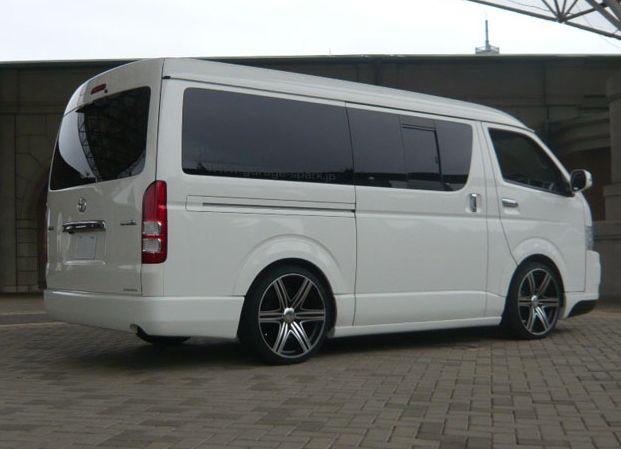 ハイエース 200系 ワイド ワゴン/バン リアバンパースポイラー 塗装済 ティアラ シックスセンス