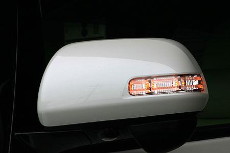 エスティマ アエラス GSR/ACR 50系 前期/後期 トヨタ純正ウインカー用交換高輝度LEDキット 乱人 ブラックエディション