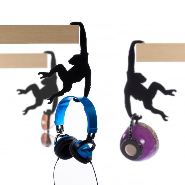 artori-design-hold-it-albert-the-chimp-metal-shelf-hanger-hook-hanger