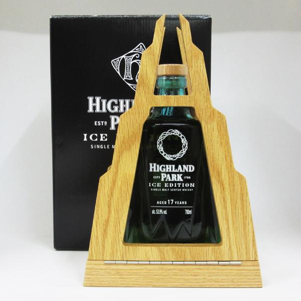 ハイランドパーク アイス・エディション 17年 53.9度 700ml 正規品 (台座付き・専用BOX入り)