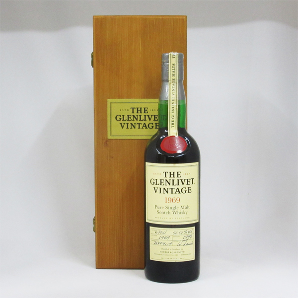 【レトロ】グレンリベット ヴィンテージ 1969 (1969-1998年) 52.51度 700ml 並行品 (専用木箱入り)