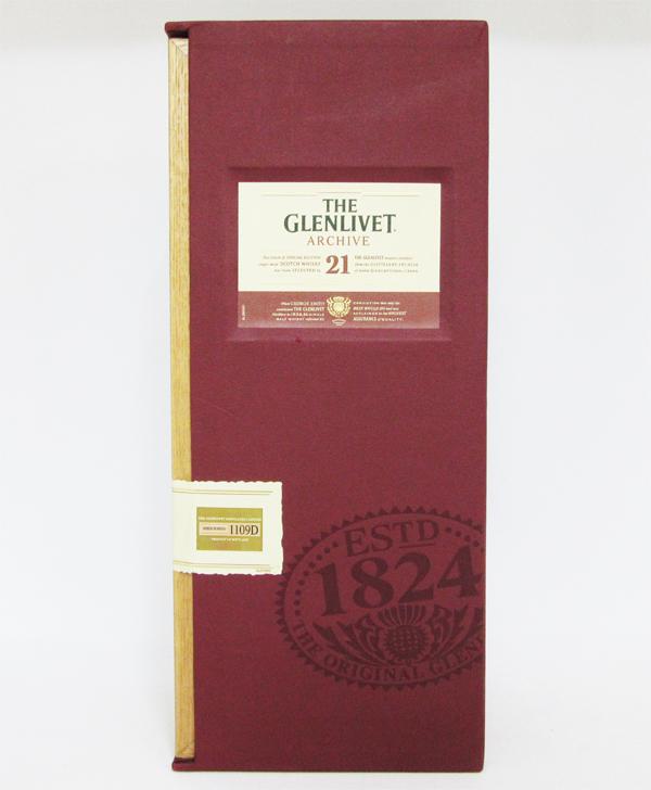 グレンリベット 21年 アーカイブ 43度 700ml 正規品 (専用木箱入り)