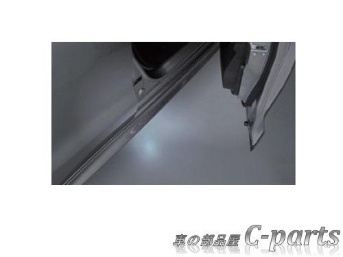 【純正】SUZUKI SWIFT スズキ スイフト【ZC13S ZC53S ZD53S ZC83S ZD83S ZC43S ZC33S】  フットランプ[99000-990B4-154]