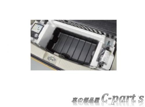 【純正】SUZUKI WAGONR STINGRAY スズキ ワゴンRスティングレー【MH35S MH55S】  ラゲッジアンダーボックストレー(2WD車用)[9915A-63R00]