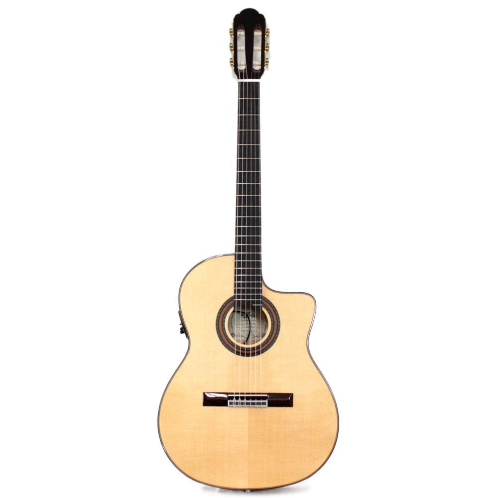 ARIA A-58CWE/M エレクトリッククラシックギター ハードケース付き
