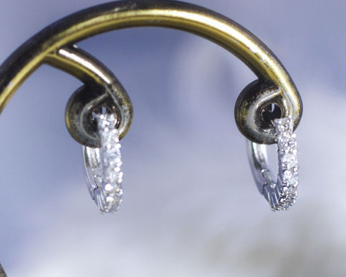 4月誕生石 ダイヤモンド0.2ct アイライン ピアス【K18ホワイトゴールド(K18WG)】【送料無料】国産 日本製/製造オーダー品 約20日間納期【コンビニ受取対応商品】