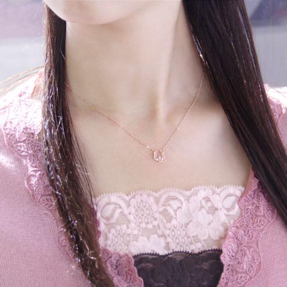 经典比赛 4 月诞生石项链钻石幸运马蹄 (马蹄 》) 项链吊坠在日本制造及制造业订单国内大约 20 天交货时间